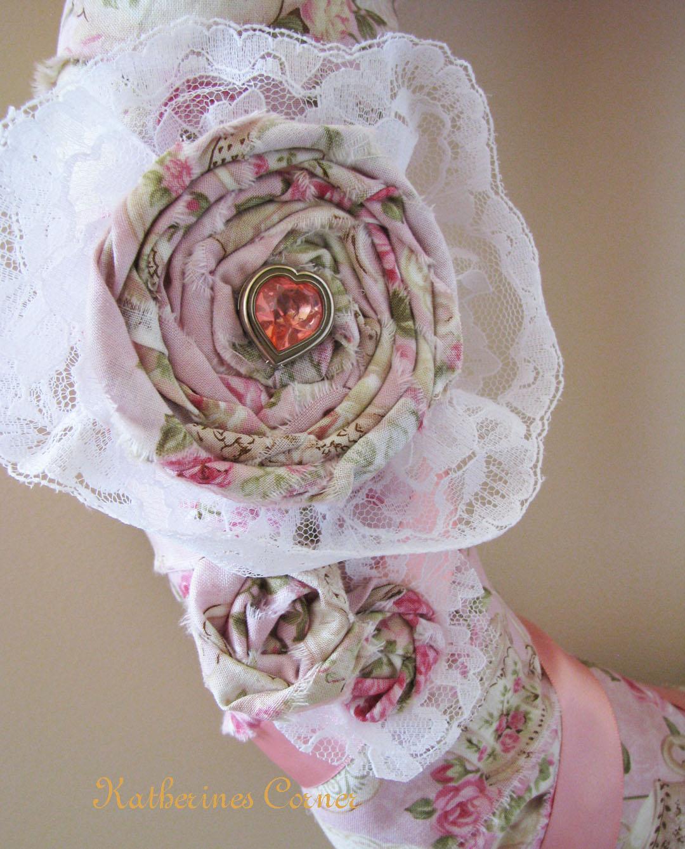 Цветы из ткани своими руками: 30 фото-идей и 4 мастер-класса