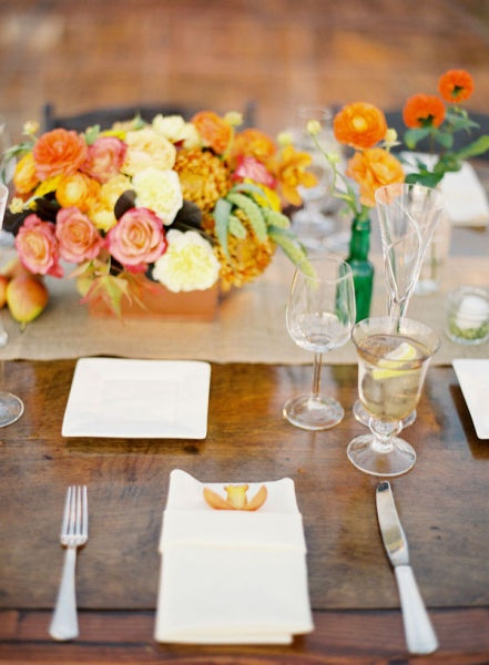 Roses and chrysanthemums centerpiece