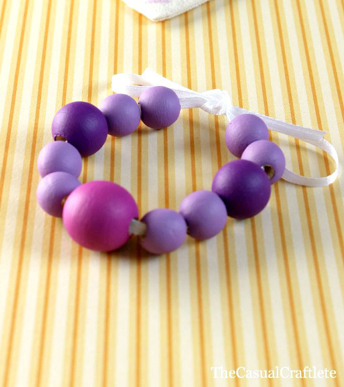 DIY-Painted-Wooden-Bead-Bracelet