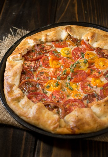 Herbed-tomato-galette-with-parmesan-crust