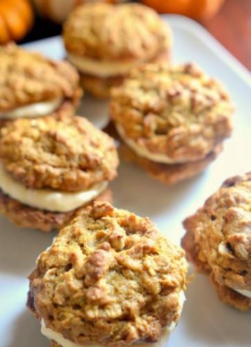 pumpkin spice oatmeal cookies