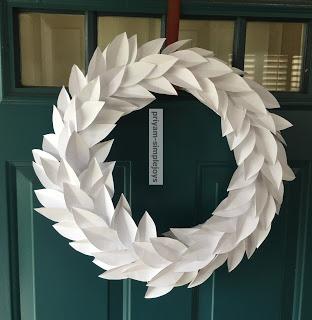 diy white paper wreath