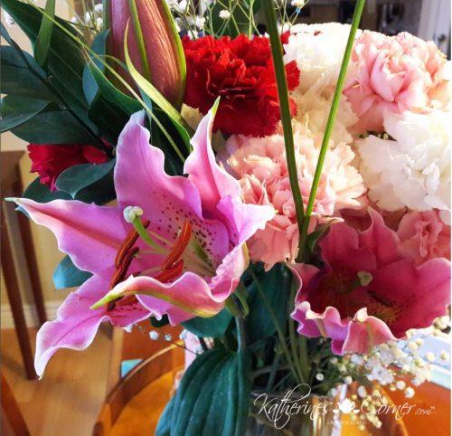 fragrant star gazer lily