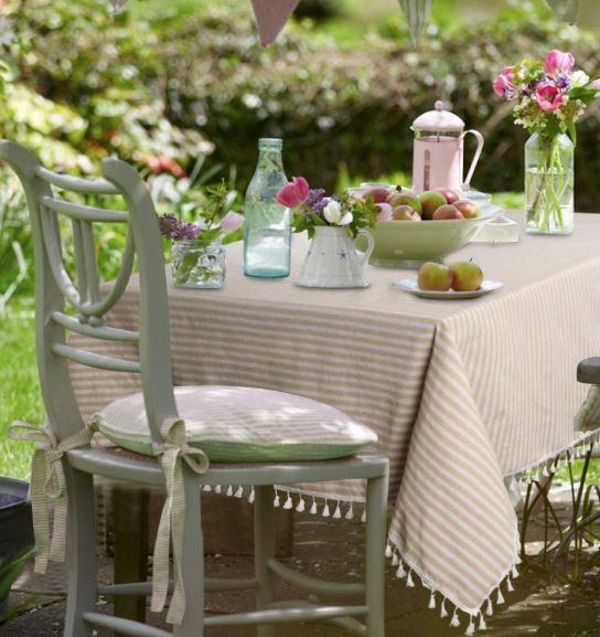 tassel-stripe-tablecloth
